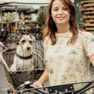 Radbotschafterin Isabella mit Hund